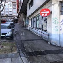 O concello a pedimento da Asociación veciñal Oza Gaiteira Os Castros instalo unhas varandas nas rúas José Luis Cereijo e rúa Cruce para facilitar a mobilidade